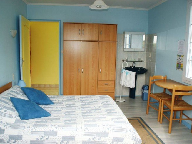 "RESIDENCE ROMARIC ""CHAMBRE D'HOTES BLEUET"""